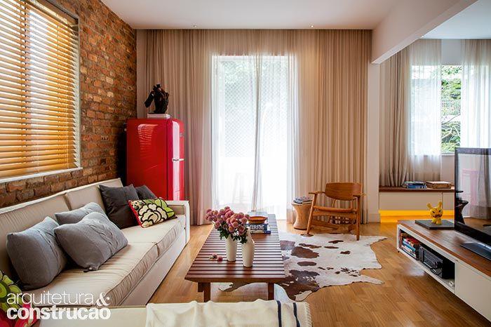 Revista Arquitetura e Construção - Dois apartamentos em um: reforma anexou a unidade do vizinho