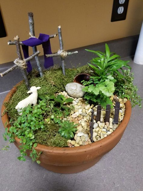 Resurrection Garden by Tracey Thompson and Shirley Hayes. | Churches ...