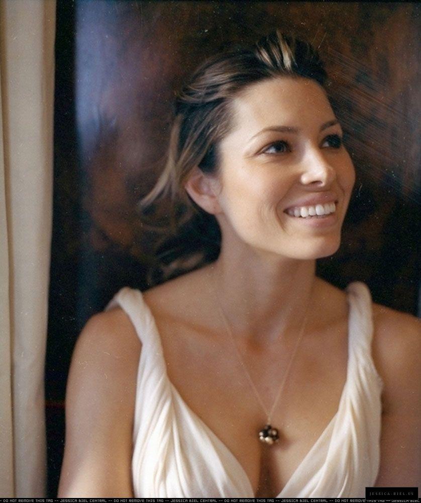 Jessica Biel jessica-biel.com/