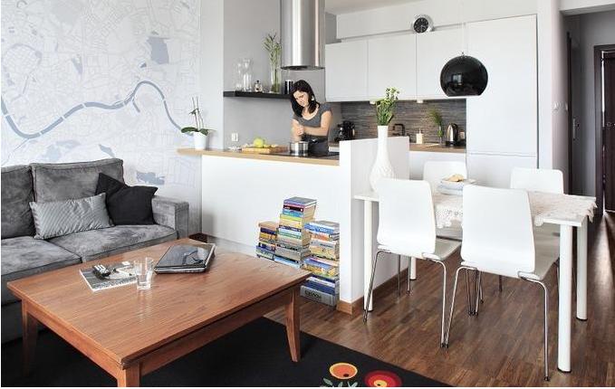 Kuchnia Z Salonem 20 M Szukaj W Google Small Apartment Interior Home Decor Apartment Interior