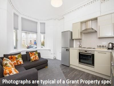 Lovely communal area in this Dundee flat on Citylets
