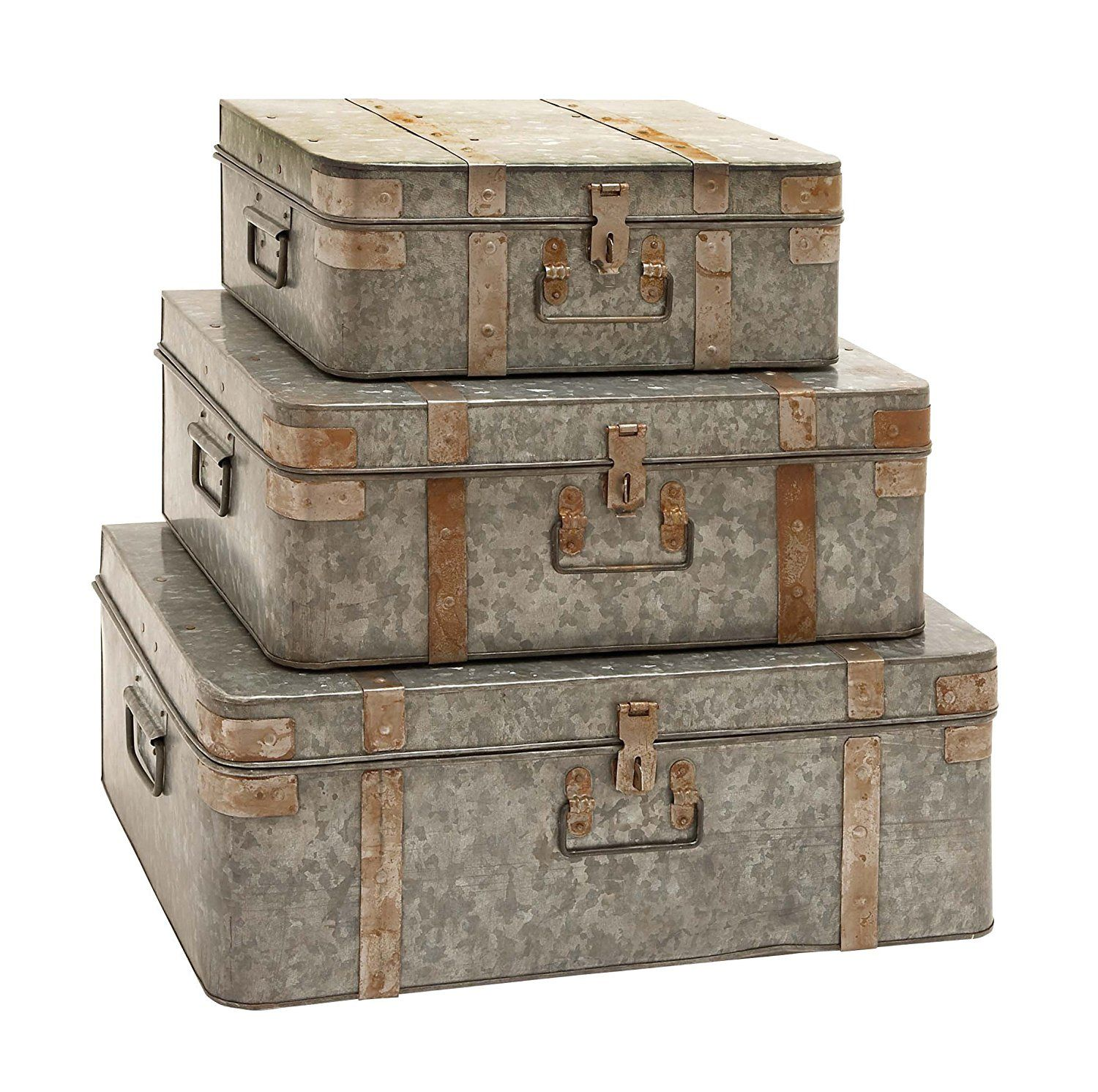 "Amazon.com: Deco 79 38190 Metal Galvan Trunks (Set of 3), 21""/18""/15"": Kitchen & Dining"