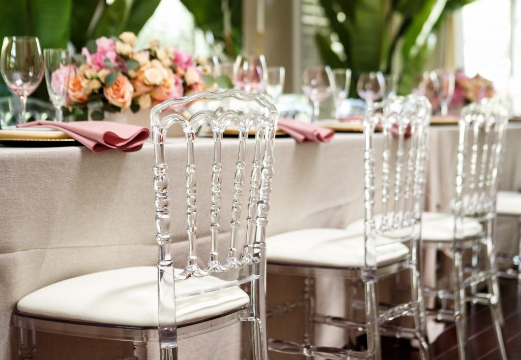 Jessica And Dave S Wedding In Miami Florida Resort Wedding Gold Wedding Decorations Chiavari Chairs Wedding