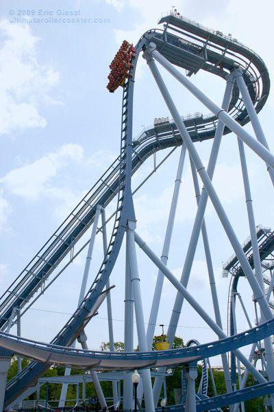 Griffon Roller Coaster At Busch Gardens Williamsburg Va This One Is Fun Rollercoasters