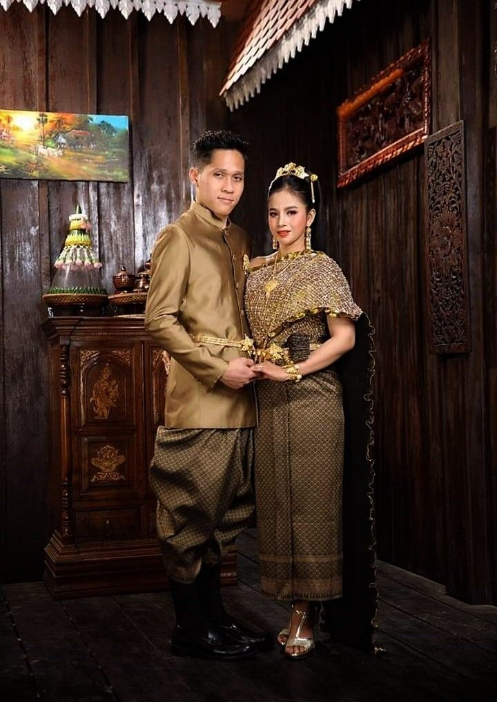period costume.( by khmer models ) costumeAyutthaya period costume.( by khmer models ) costume  Ayu