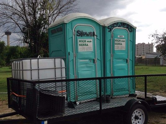 Ingenious Plumber Creates Mobile Showers To Help The Homeless Helping The Homeless Portable Shower Homeless
