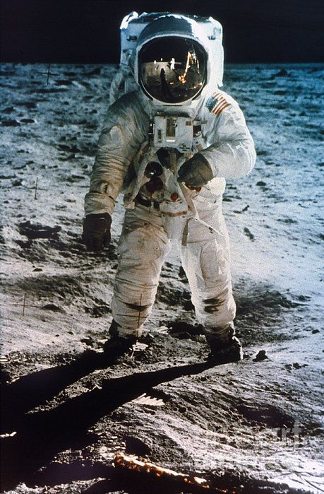 Best 25+ Buzz aldrin ideas on Pinterest | Apollo 11 ...