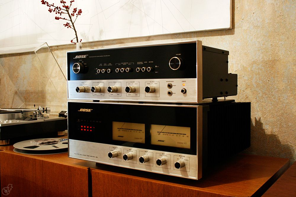 vintage bose speakers. vintage bose 1801 amplifier and 4401 preamp. once upon a time when make actual audio equipment, not overpriced \ speakers