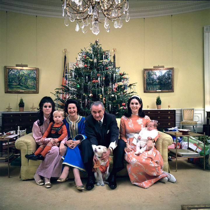 Throwback to a Johnson family Christmas at the White House ...