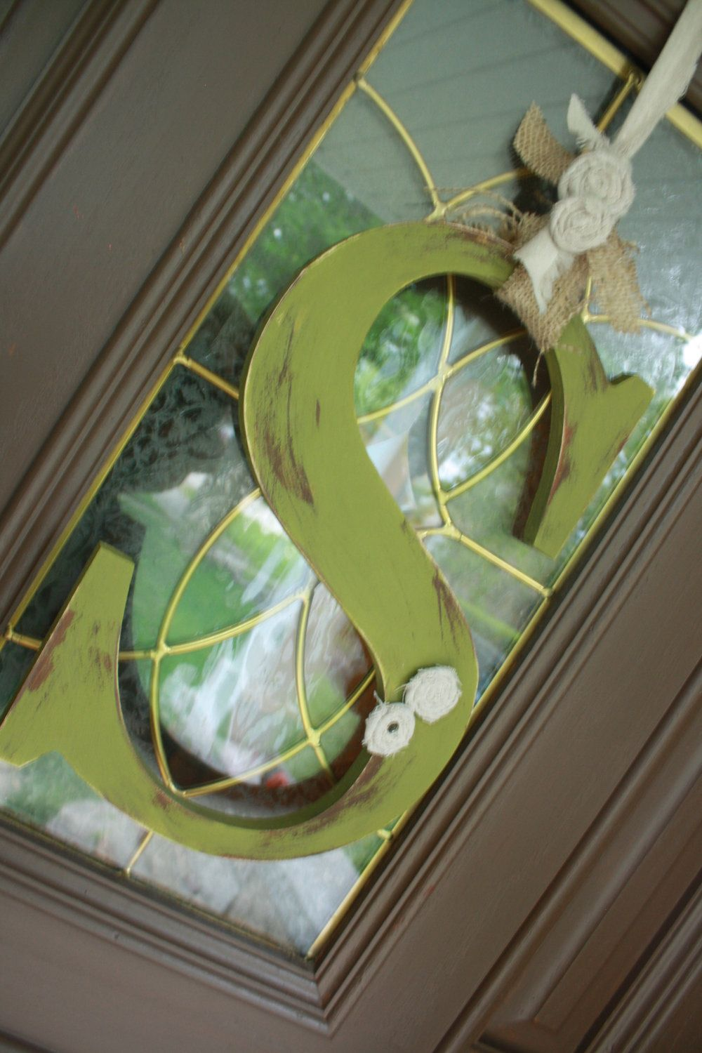 Door initial instead of a wreath - love the initial idea!