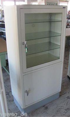 schmitz arztschrank vitrine schrank baisch bauhaus maquet mauser designklassiker boards and. Black Bedroom Furniture Sets. Home Design Ideas