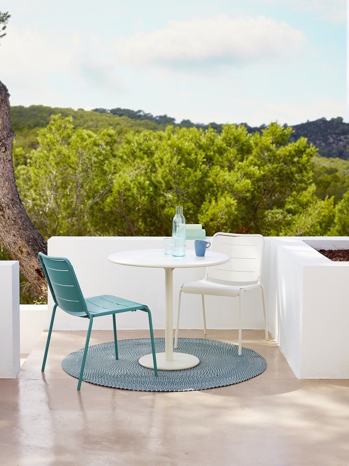 Lightweight Furniture For The Modern Patio With Cane Line