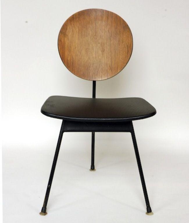 3 Design Stoelen.Three Legged Dining Chair Designed In 1958 By Stefan Siwinski
