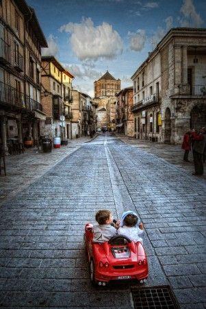 Viaje de novios/honeymoon by Jose C. Lobato