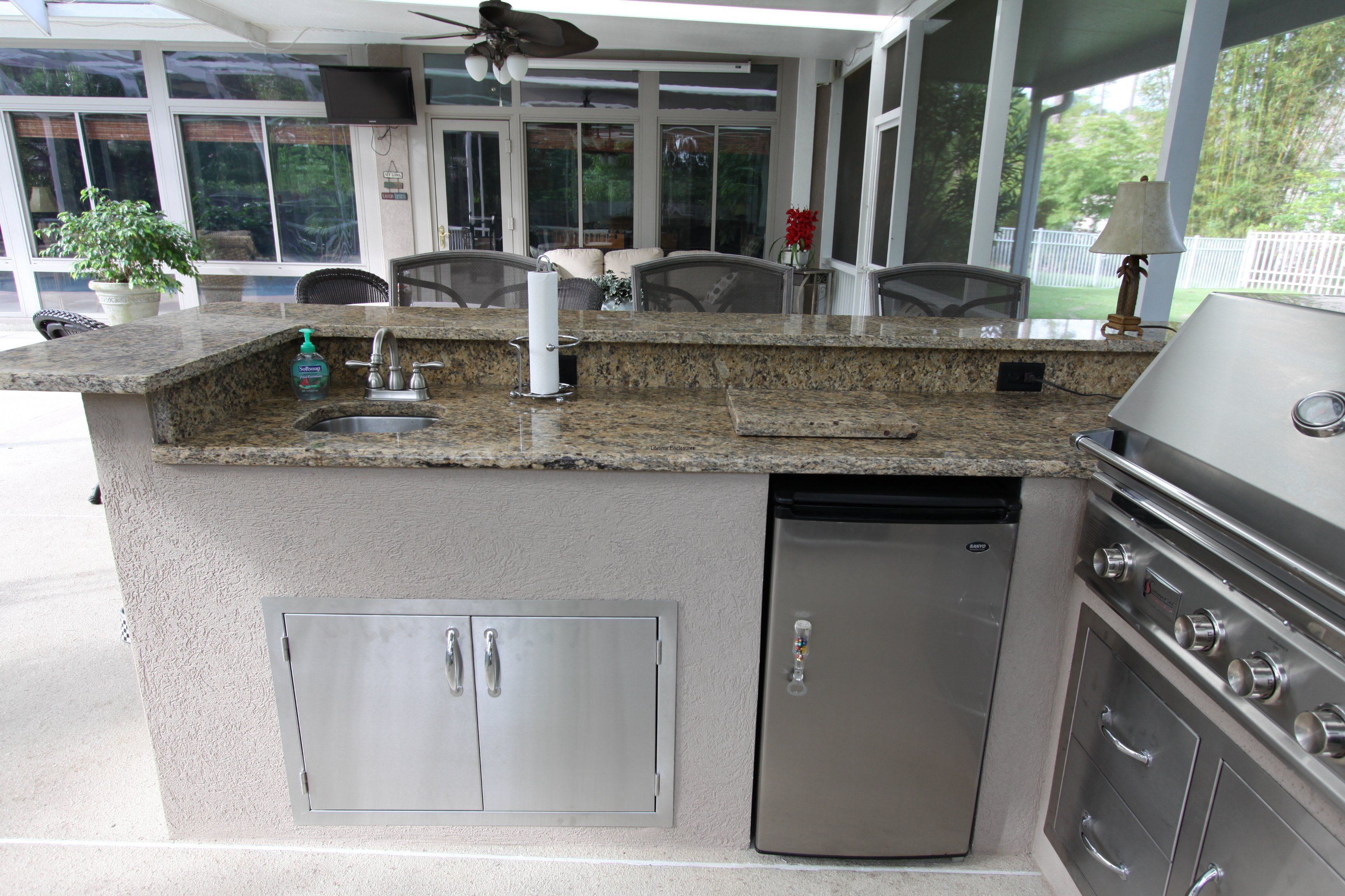 enclosed outdoor kitchens | Outdoor Kitchens Portfolio of Our ...