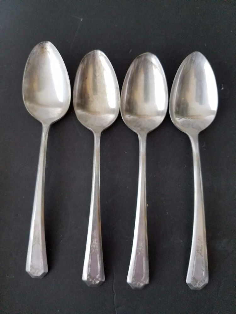 April Pattern IS Silverplate SET OF 4 SOUP SPOONS Wm Rogers /& Son