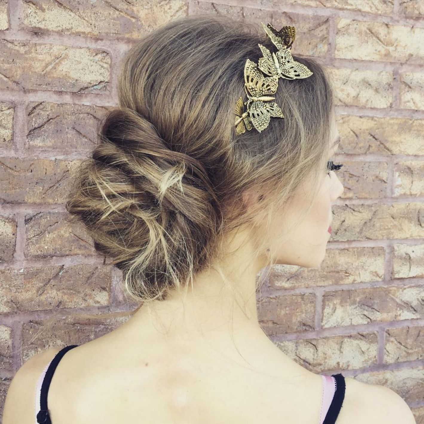 updos for thin hair that score maximum style point in hair