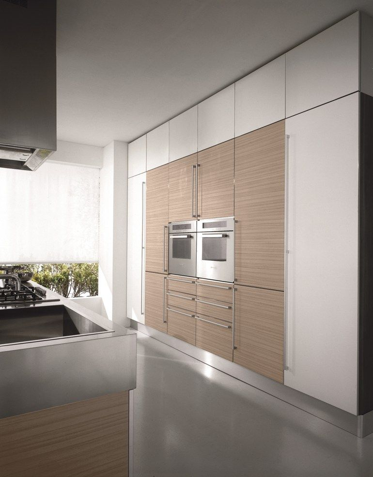 Lacquered #kitchen with island MIRÓ COLOURS by Aran @ARAN cucine ...