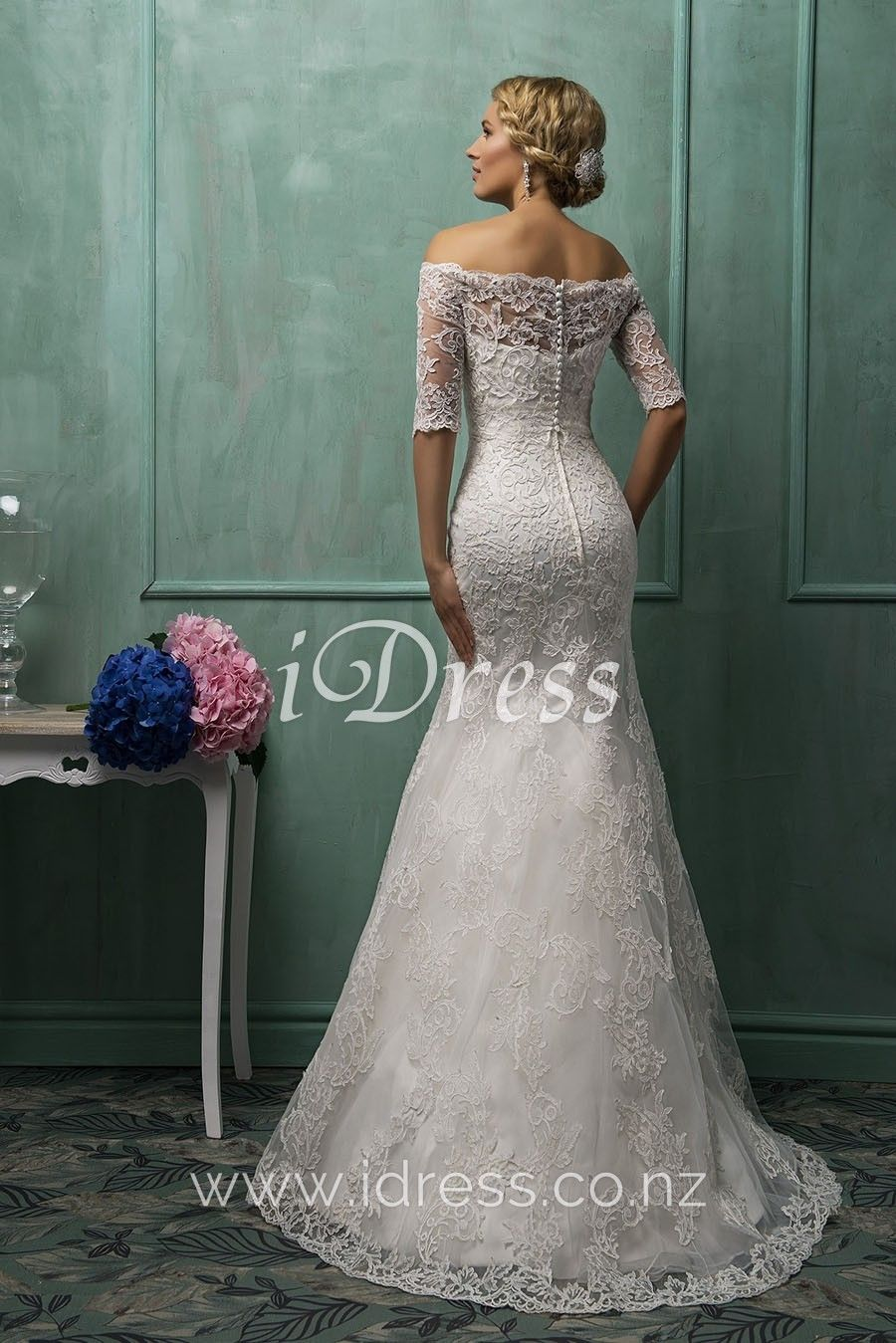 Elegant Vintage Off White Lace Mermaid Wedding Gown Modest Bridal Gowns Long Vintage Wedding Dress Wedding Dresses [ 1349 x 900 Pixel ]