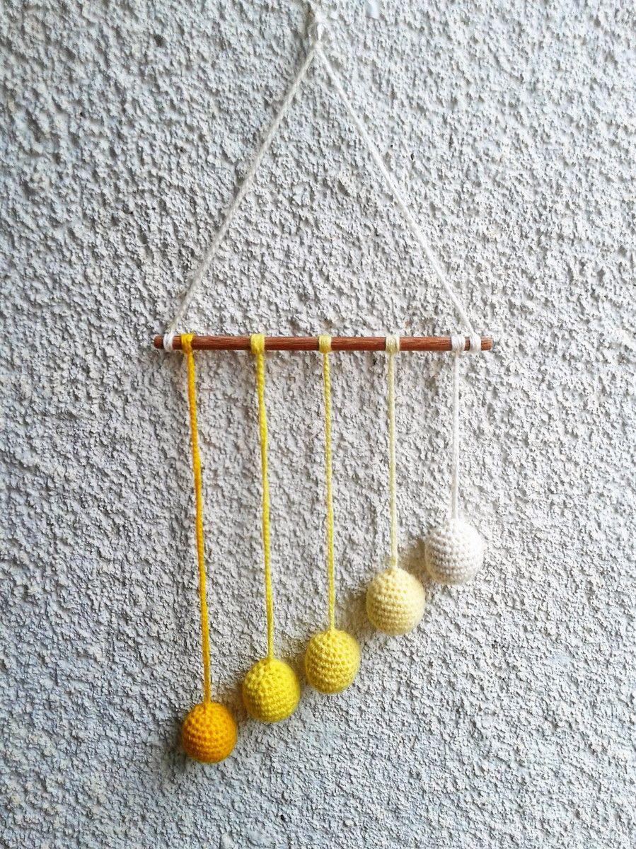 Móbile Gobbi Montessoriano em Crochê