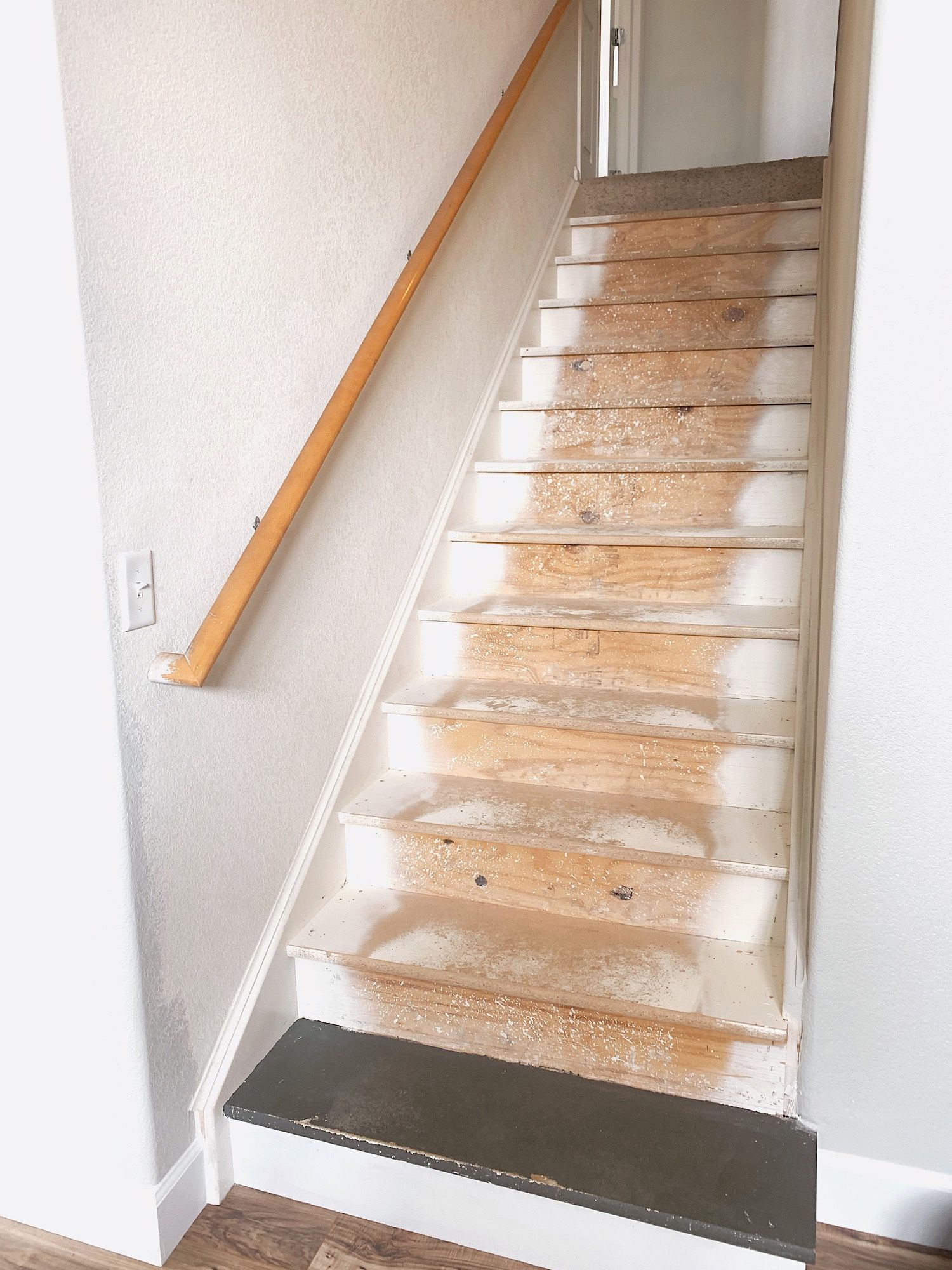 Best Diy Painted Particle Board Stair Makeover – Dynamically 640 x 480