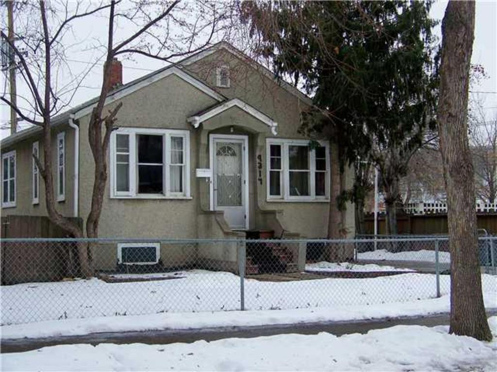 9317 112 Av, Edmonton Property Listing: MLS® #E3397312 ...