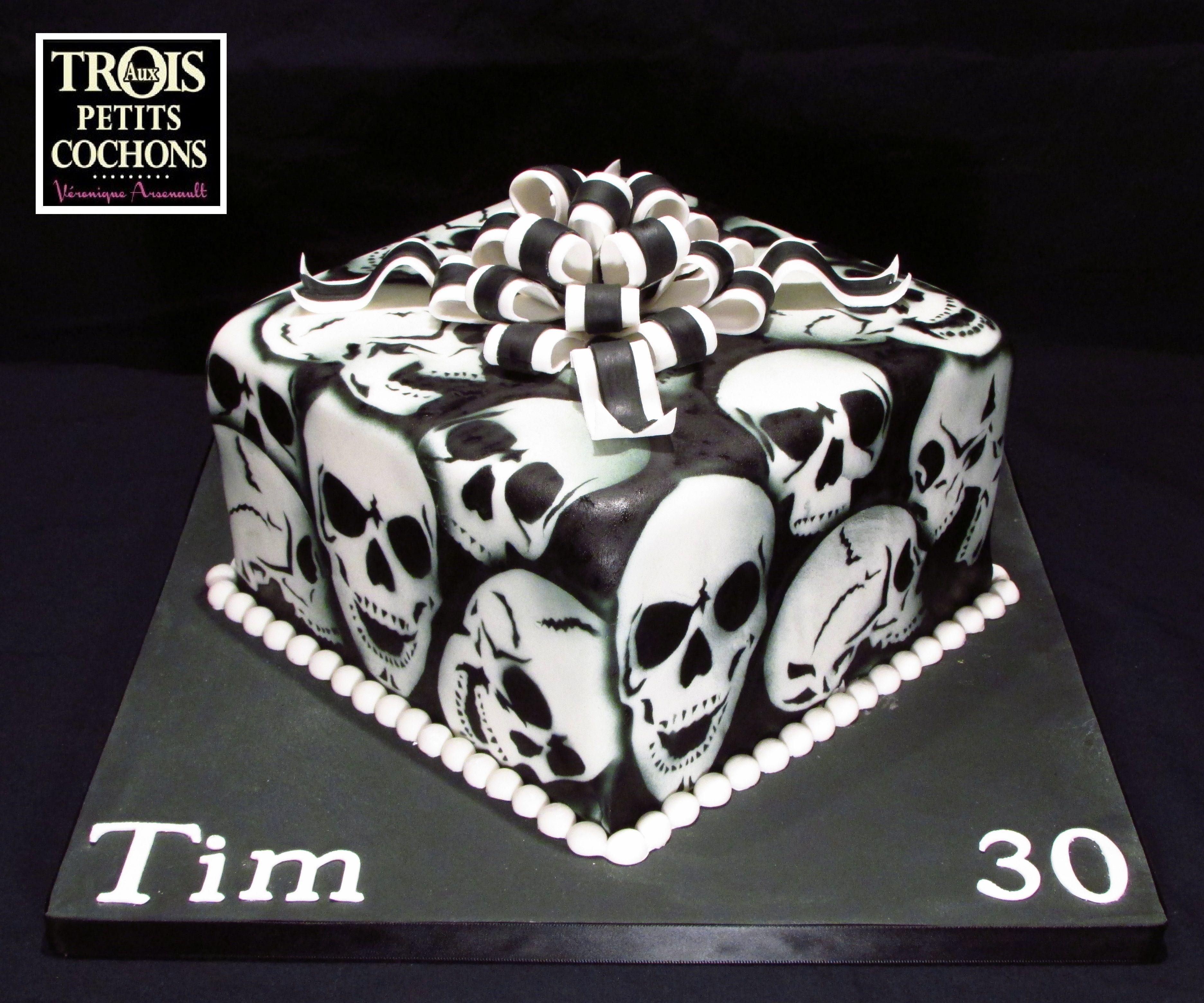 Sensational Happy Birthday Tim Skull Cake Gothic Birthday Cakes Cupcake Cakes Funny Birthday Cards Online Eattedamsfinfo