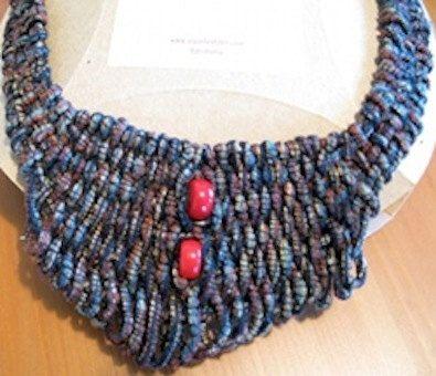 Trame Necklace sewn with Dull Dark Blue Silk Yarn by JoyasTextiles, €40.00