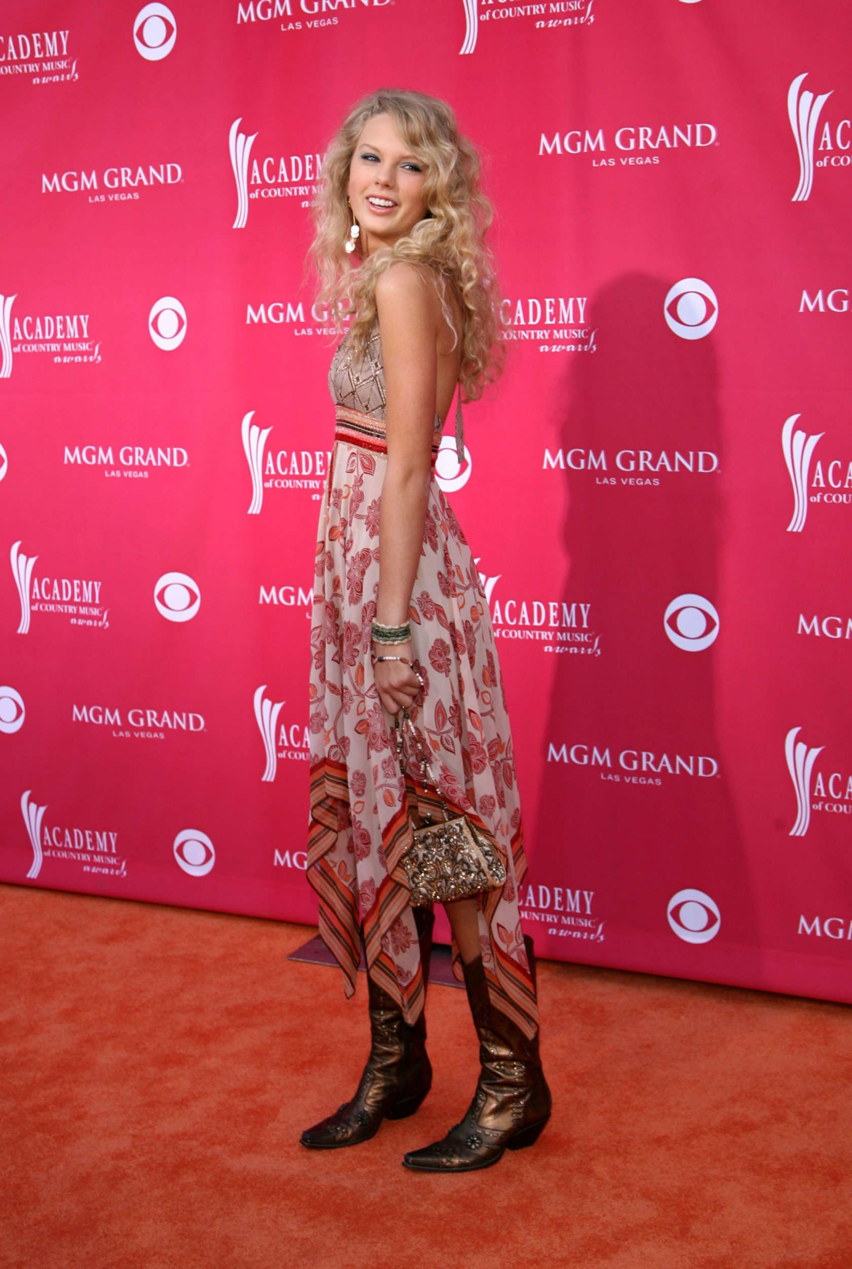 Taylor Swift - 41st Annual Academy Of Country Music Awards 2006 - MGM Grand Garden Arena - Las Vegas, Nevada - May 23, 2006.