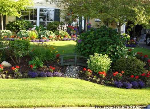 Front yard landscaping front yards yards and yard for Garden design windows 7
