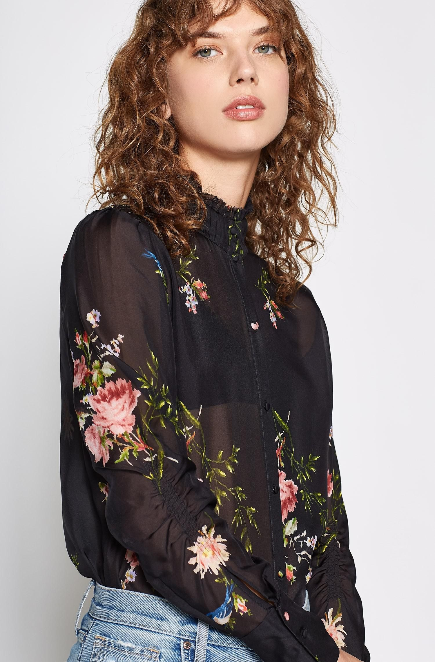 e49a95a2122dbe Joie Elzie Silk Top in 2019