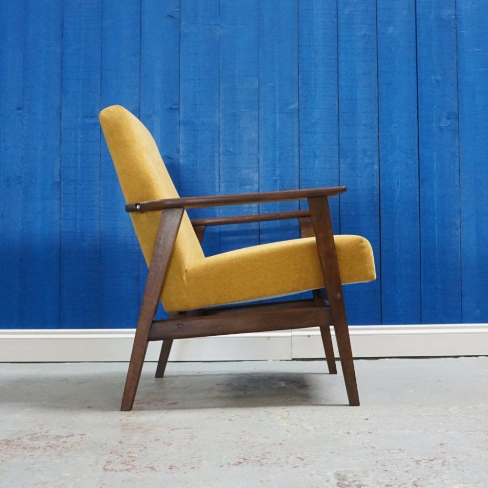 For Sale Mid Century Modern Lounge Chair In Yellow 1960 S