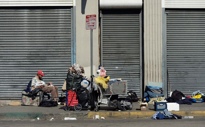 Hunger Games Set To Worsen With Homelessness On The Rise Across America Survey Says Skid Row Los Angeles Skid Row Homeless