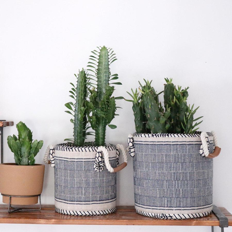 Your Quest For The Perfect Basket Set Is Over We Have Found It For You We Are In Love With The Simple Design And Vintage Baskets Basket Sets Baskets On Wall