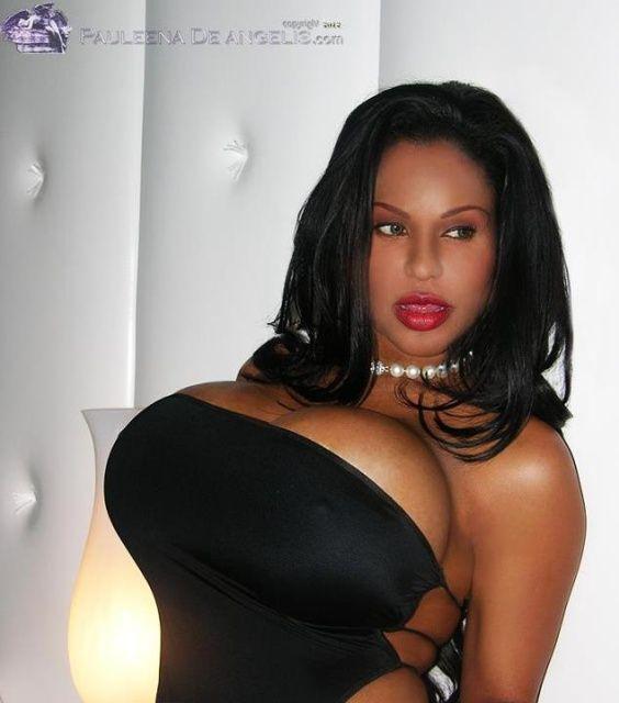 Chica negra amante blanca
