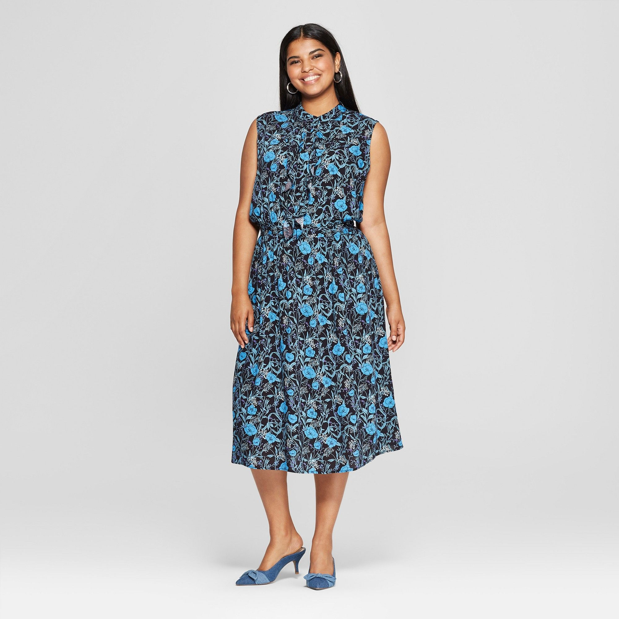 3d23405c3a2 Women s Plus Size Floral Print Ruffle Placket Midi Dress - Who What Wear  Black Blue 4X
