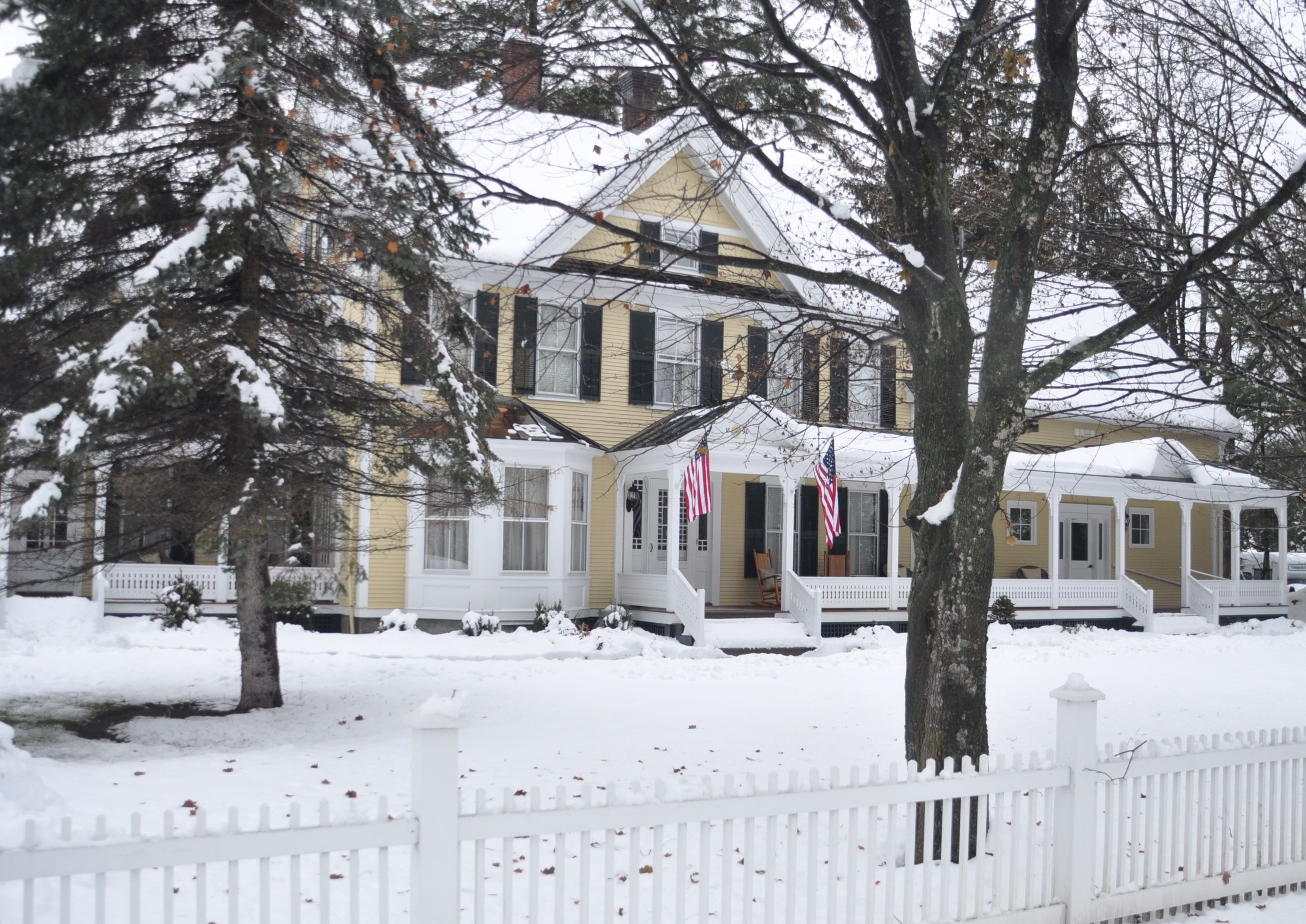 in and weston bed vermont lodging accommodations breakfast