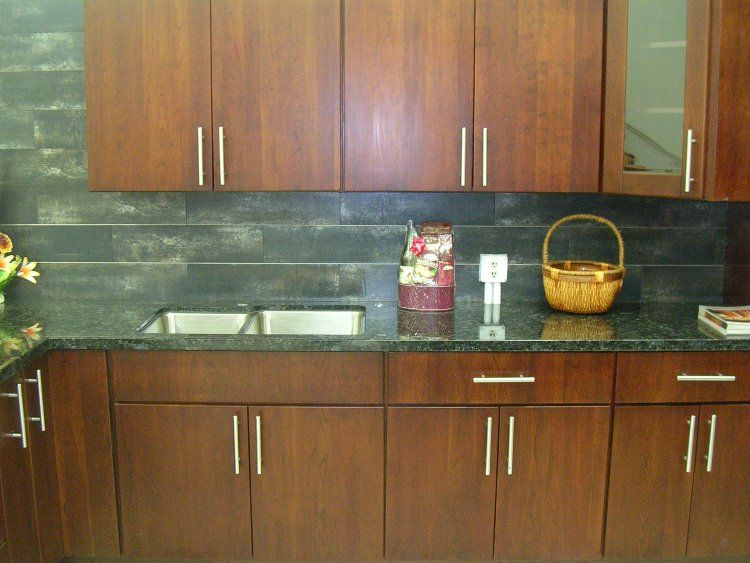 flat front cabinet with ikea style pulls | Kitchen Overhaul Ideas ...