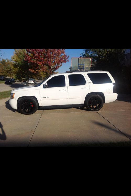 i miss my tahoe so much thank god for the truck or i 39 d be going nuts my car fun. Black Bedroom Furniture Sets. Home Design Ideas