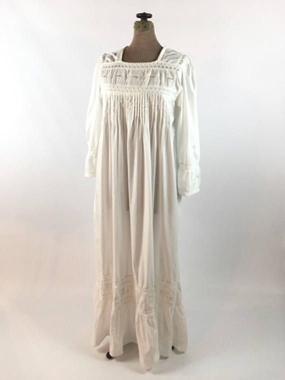 Victorian Edwardian Style Nightgown Vintage White Cotton Nightgown ... e76d0d151