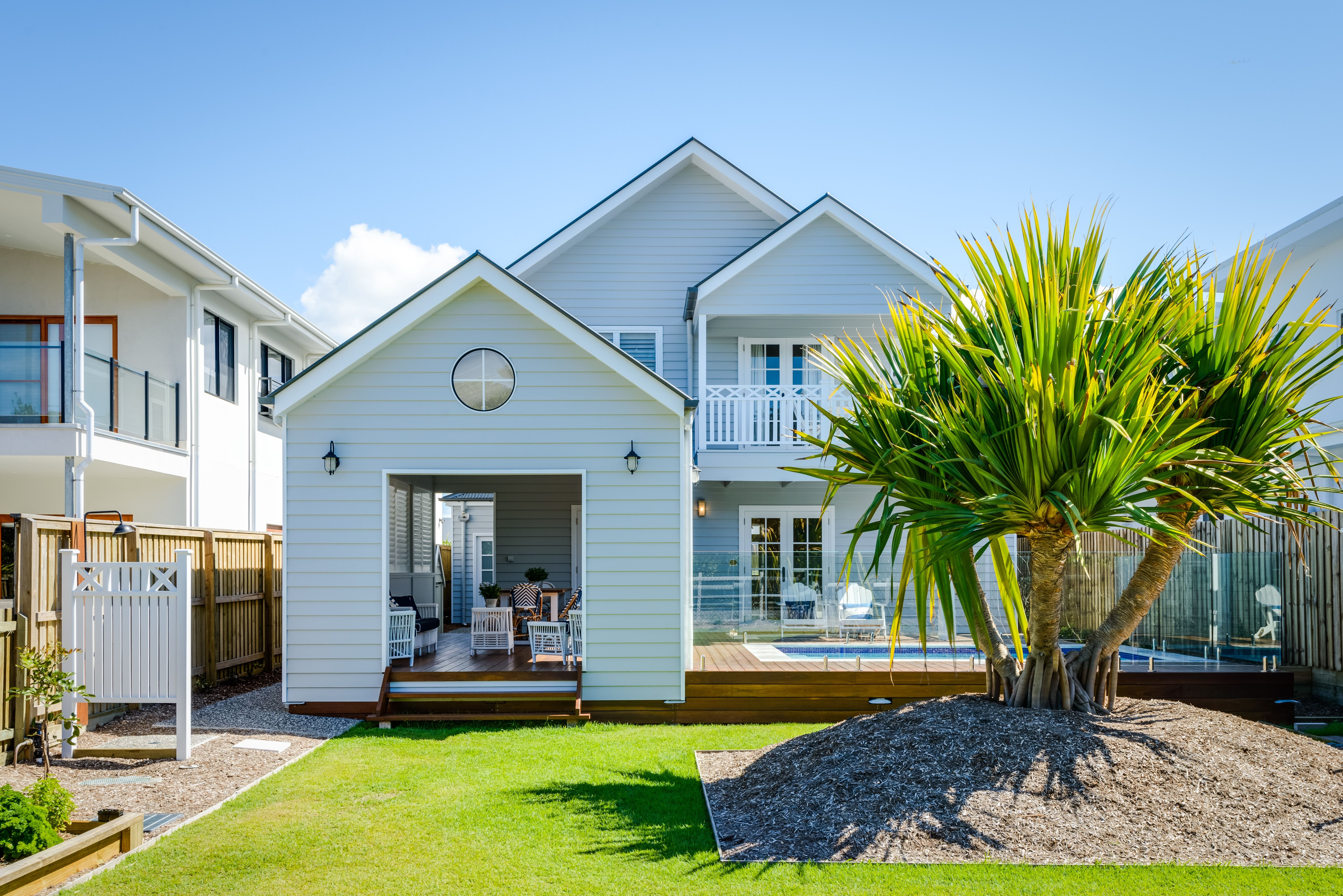 a beach house round hampton into renovated pin small year cottages summer cottage