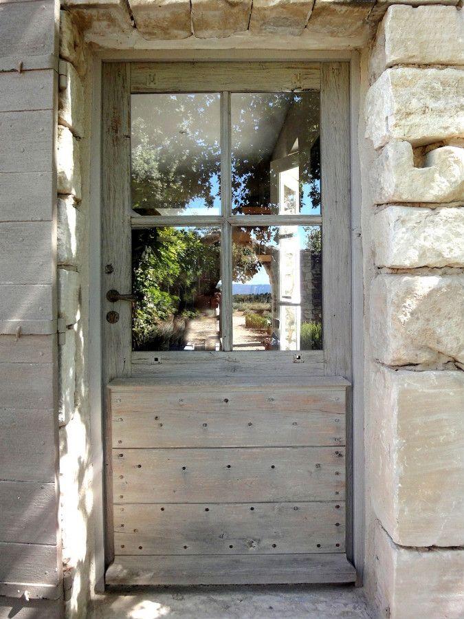 Entrée Provençale à carreaux Porte tiercée en vieux chêne Portes d