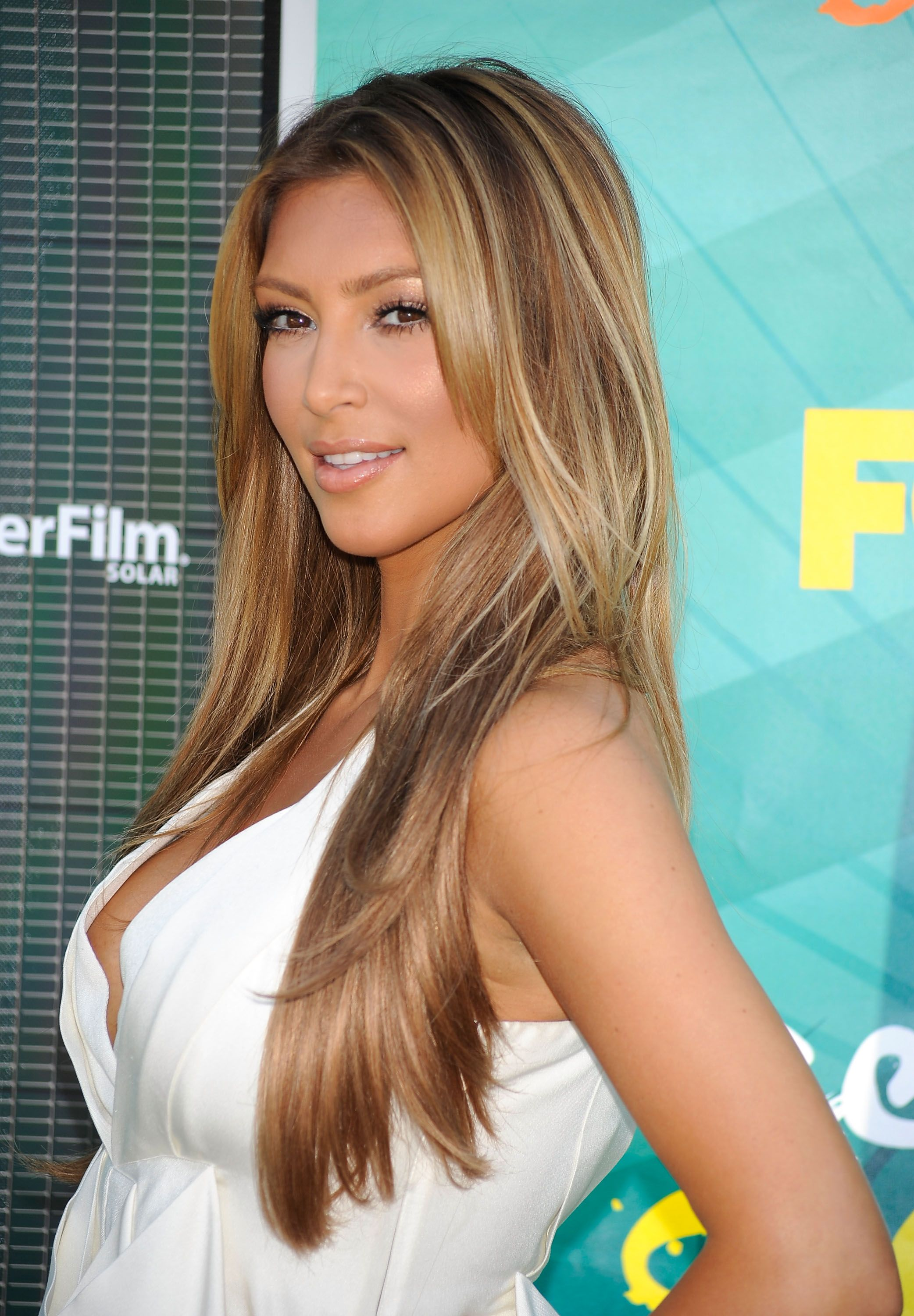 Kim Kardashian Blonde Hair - Not A Fan Of Hers But This Is -9426