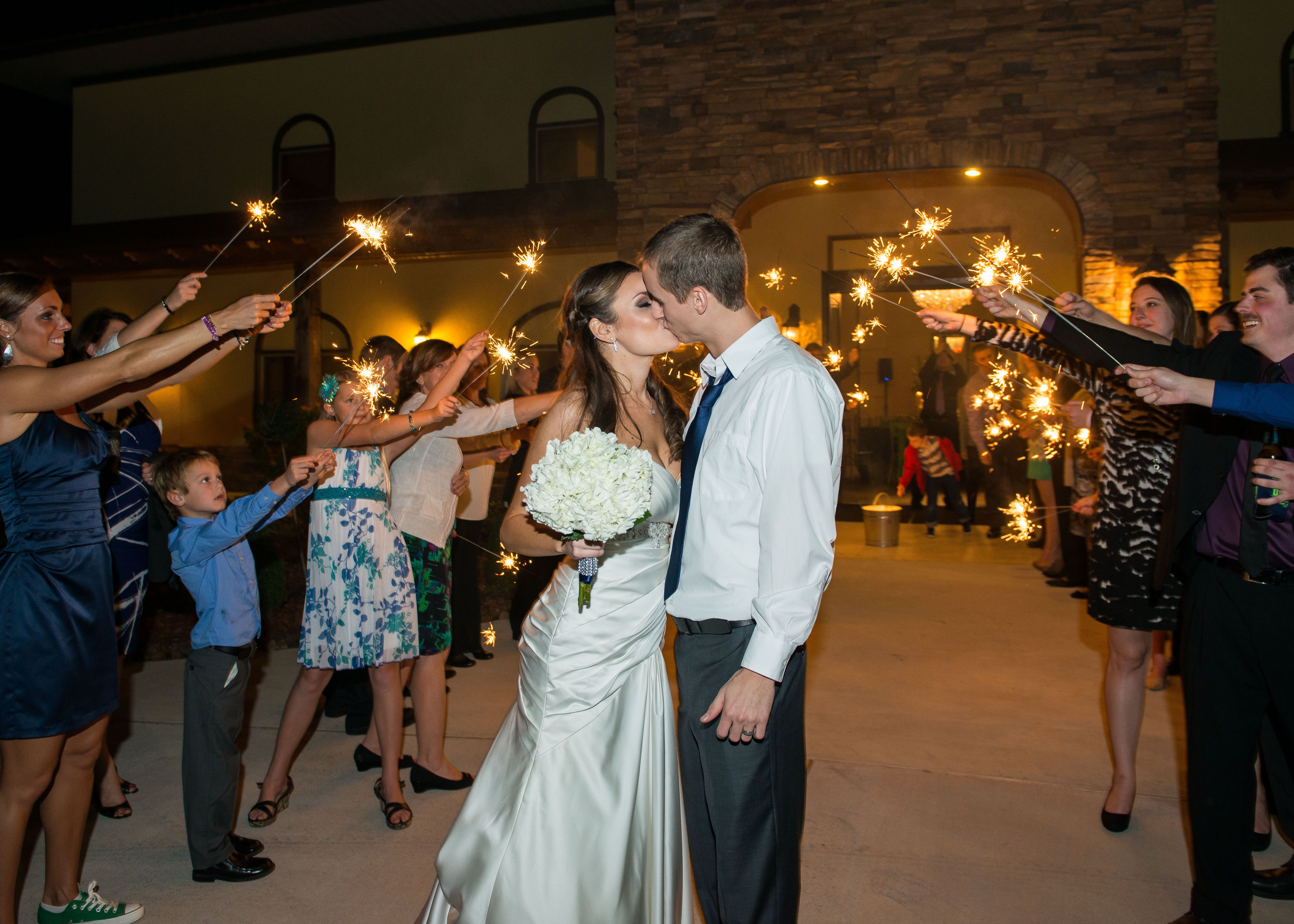 Wedding Sparklers Outdoor Weddings In Houston Ceremony Clear