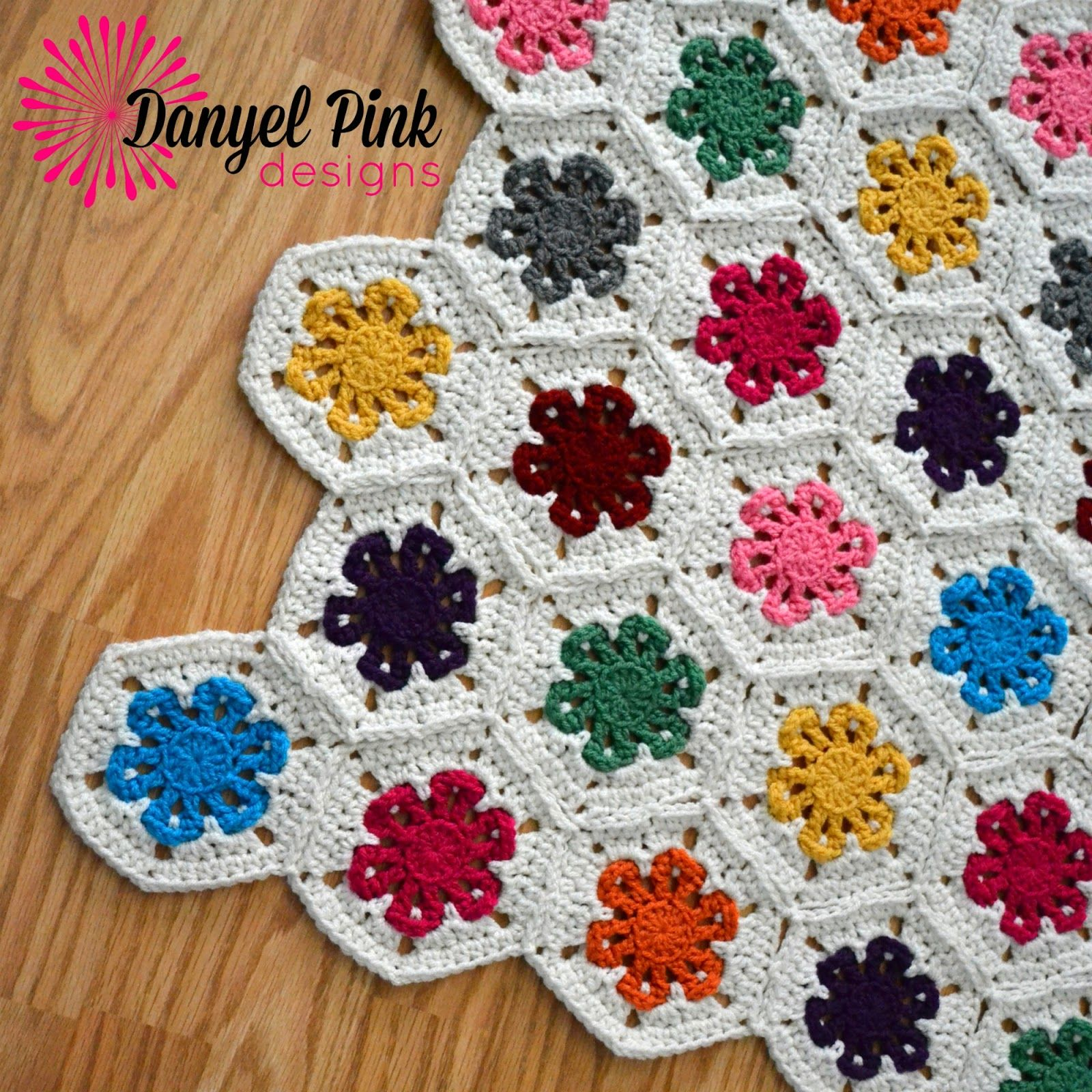 Danyel pink designs lazy daisy garden afghan crochet pattern for danyel pink designs lazy daisy garden afghan crochet pattern for sale on ravelry bankloansurffo Image collections