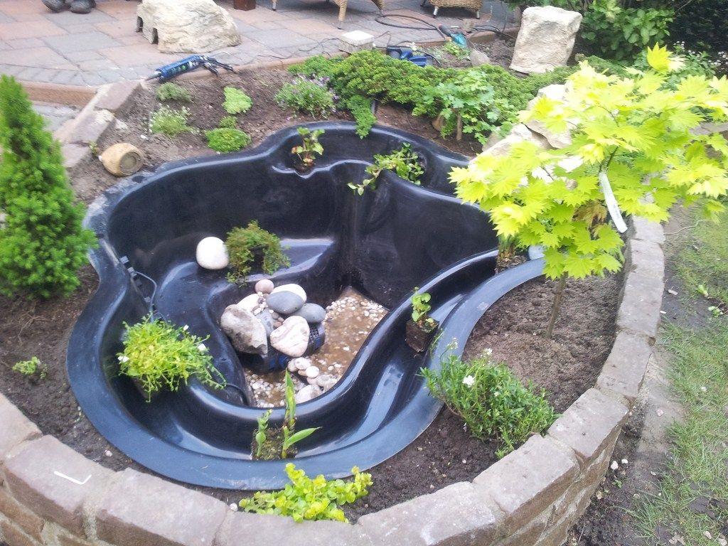 wasserbiotop im garten google suche garden diy pinterest fertigteich teichbau und teich. Black Bedroom Furniture Sets. Home Design Ideas