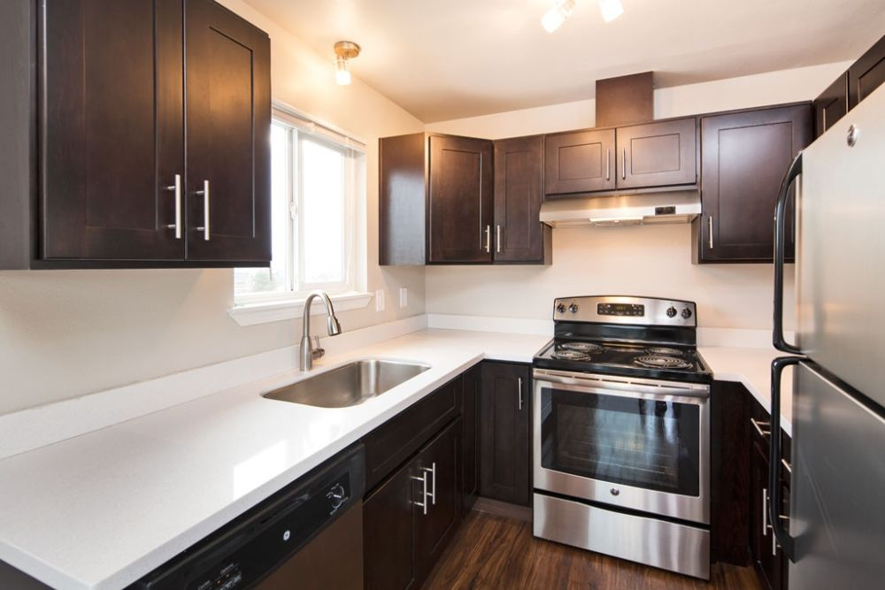Sanyuan Cabinets Granite Kitchen And Bathroom Quartz Serving Seattle The Greater Pudget Sound