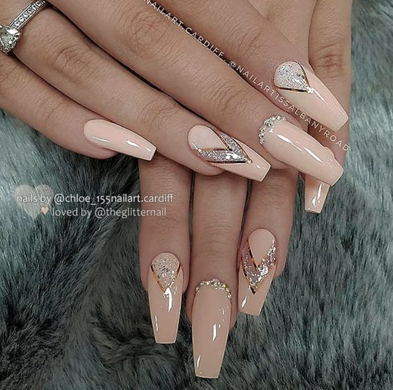The Creative Acrylic Coffin Nails Are So Perfect For Winter Holidays 2018 Hope They Can Inspire You And Read T Classy Nail Designs Glamour Nails Diamond Nails