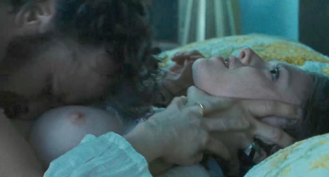 Celebrity sex scenes amanda seigfried