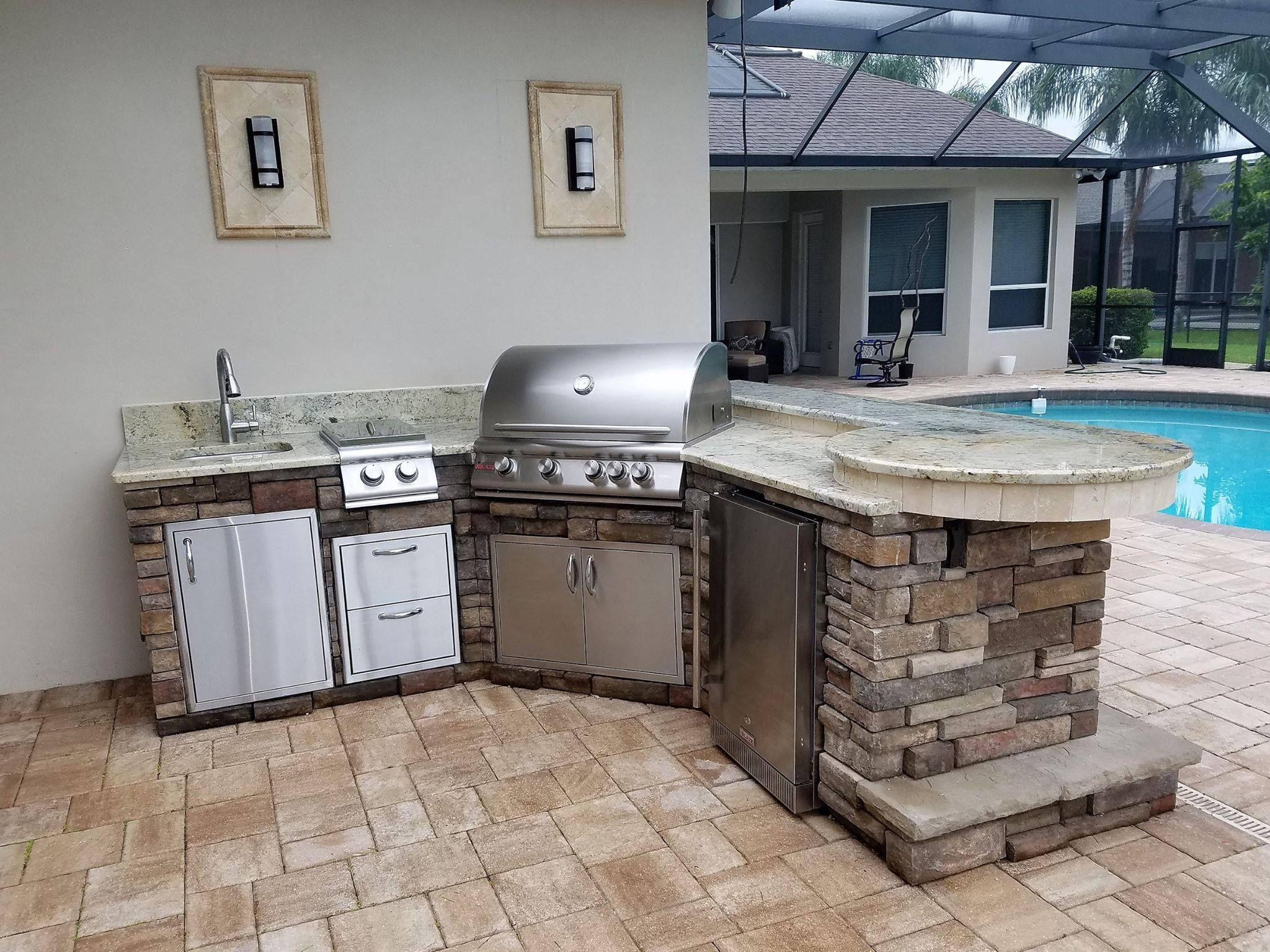 Combining Premium Features With Affordability Blaze Grills And Outdoor Products Are The Perfect Addition To Any Pa Grill Design Outdoor Kitchen Charcoal Grill